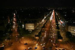 Triumfbuen - Avenue des Champ-Elysees