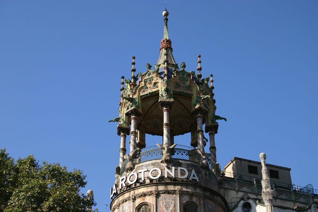 http://www.tunliweb.no/Bilder_SM/_album_Barcelona/IMG_4501_1024pixel.jpg