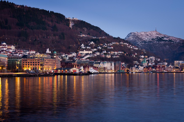 http://www.tunliweb.no/Bilder_SM/_album_Bergen/a4c8_1280pixel.jpg