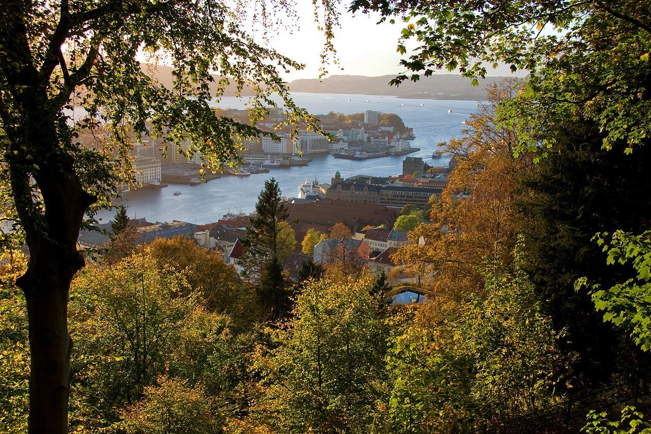 http://www.tunliweb.no/Bilder_SM/_album_Bergen/a4h-1280pix.jpg