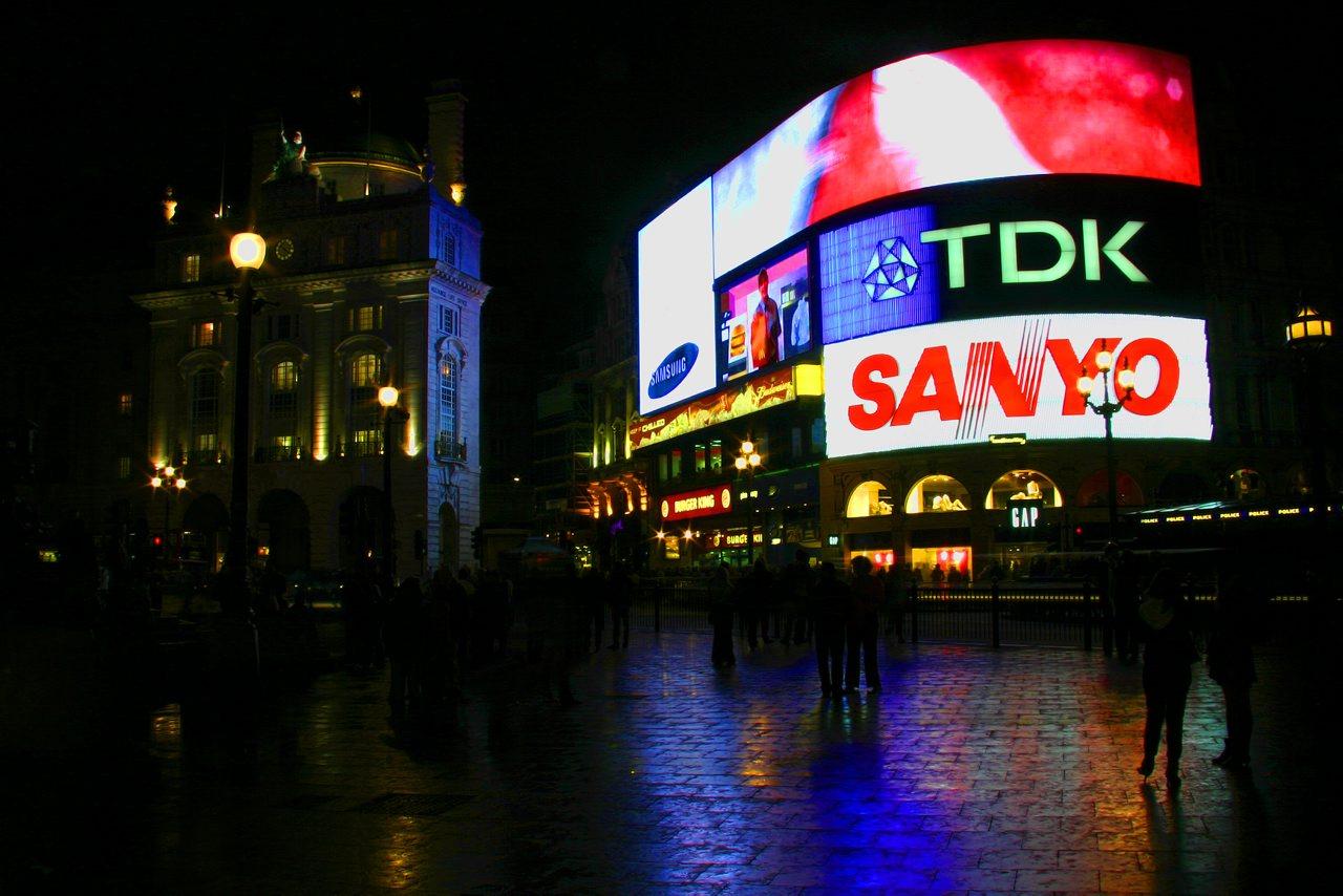 http://www.tunliweb.no/Bilder_SM/_album_London/e2.jpg