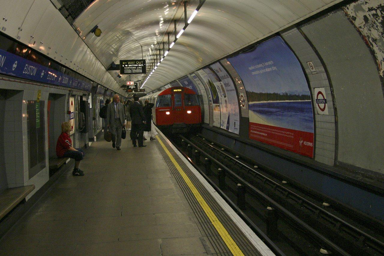 http://www.tunliweb.no/Bilder_SM/_album_London/j9.jpg