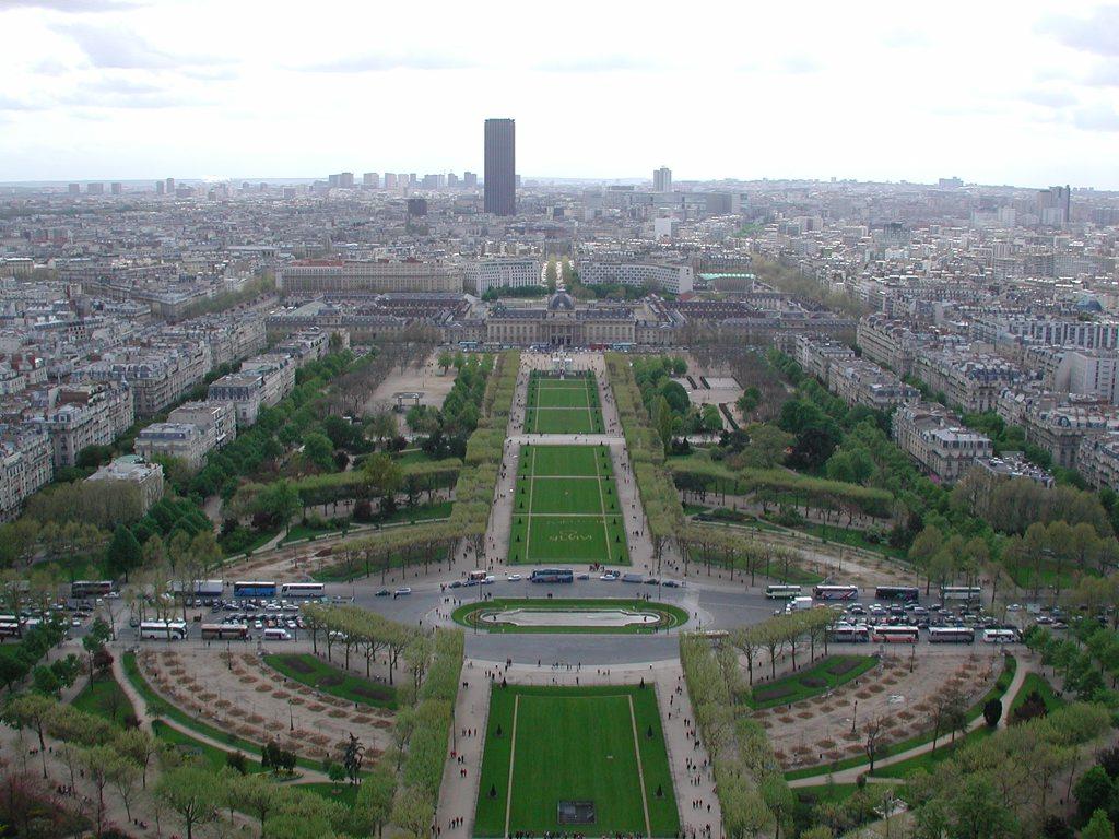 http://www.tunliweb.no/Bilder_SM/_album_Paris/a04_1024pixel.jpg