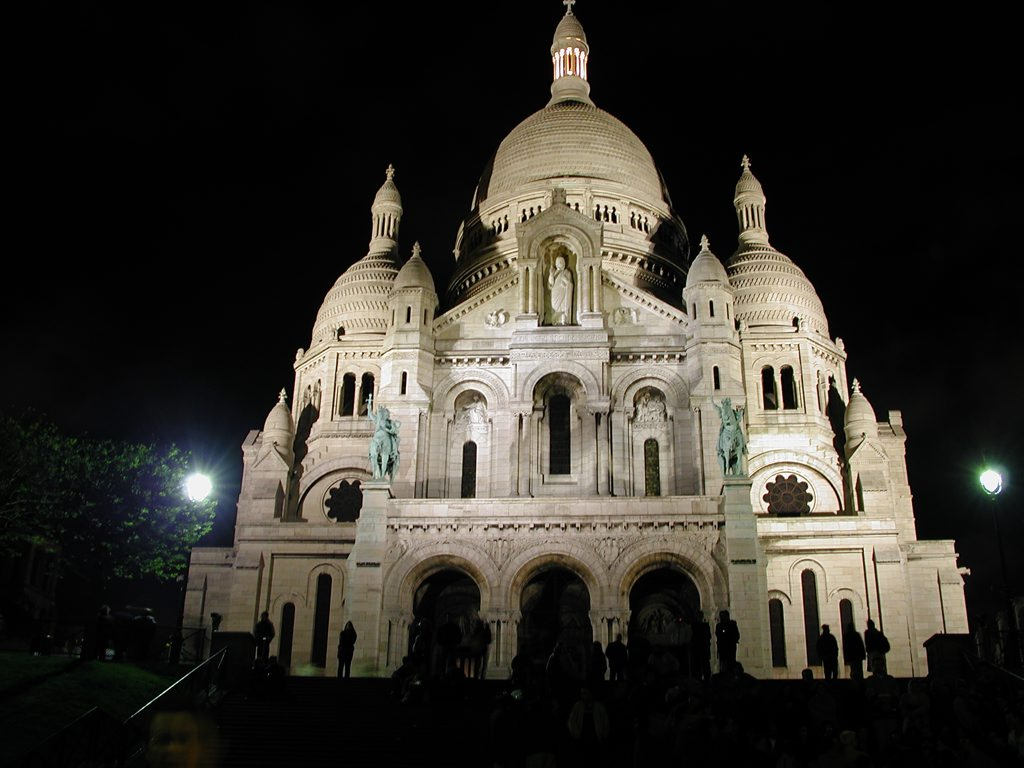 http://www.tunliweb.no/Bilder_SM/_album_Paris/d02_1024pixel.jpg