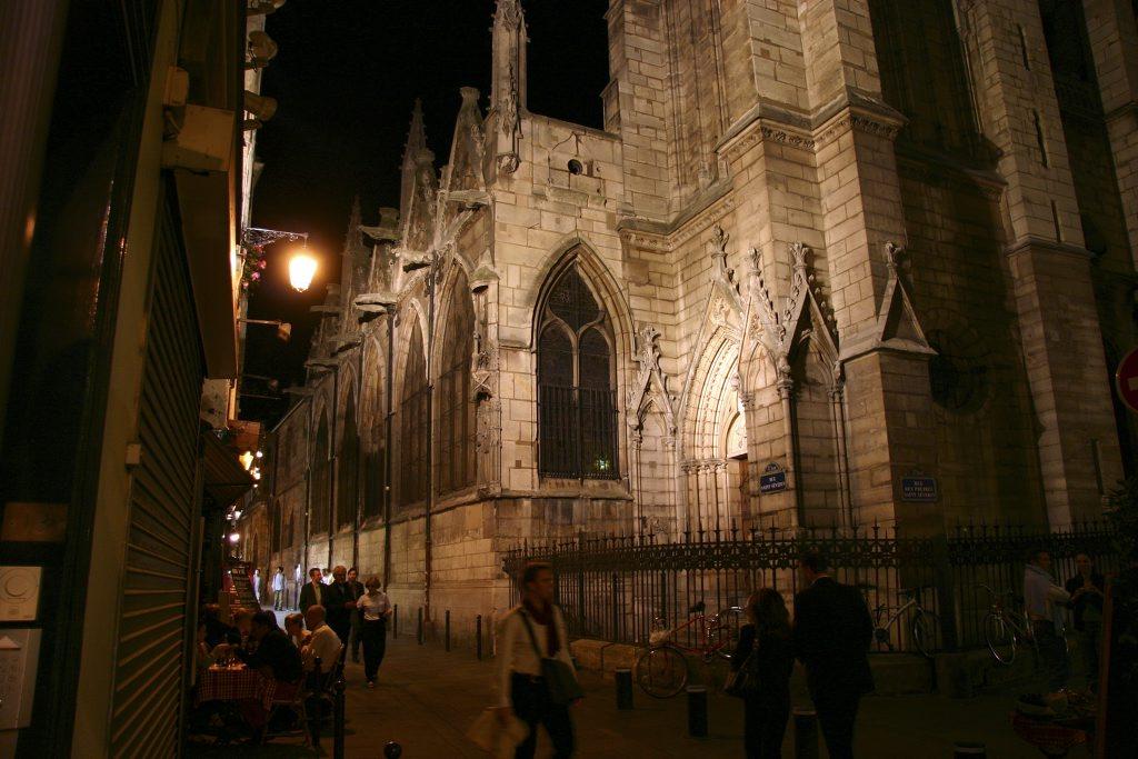http://www.tunliweb.no/Bilder_SM/_album_Paris/g02_1024pixel.jpg