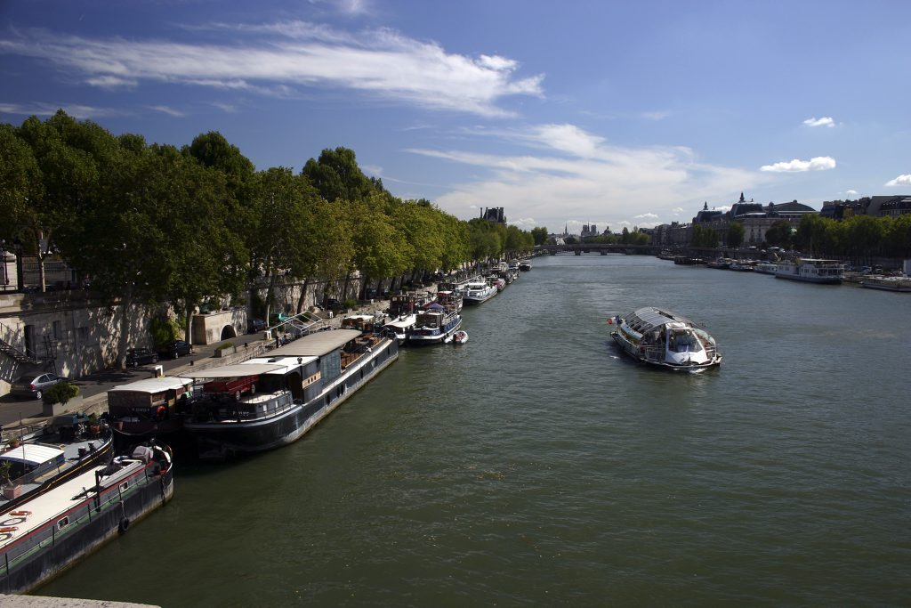 http://www.tunliweb.no/Bilder_SM/_album_Paris/k02_1024pixel.jpg