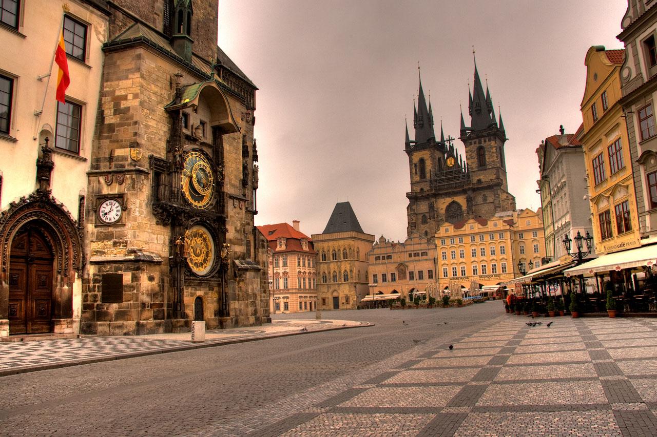 http://www.tunliweb.no/Bilder_SM/_album_Praha2/B0.jpg