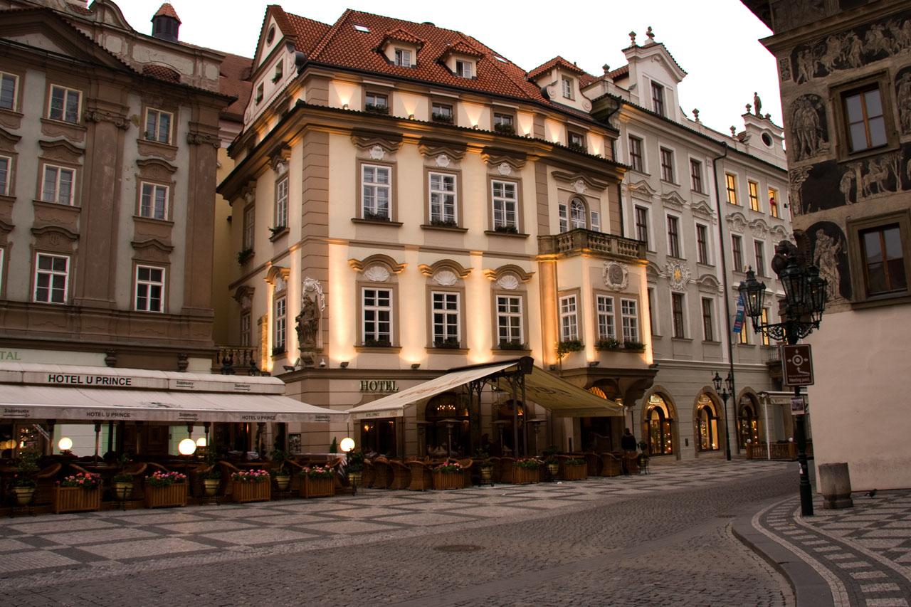 http://www.tunliweb.no/Bilder_SM/_album_Praha2/B4.jpg