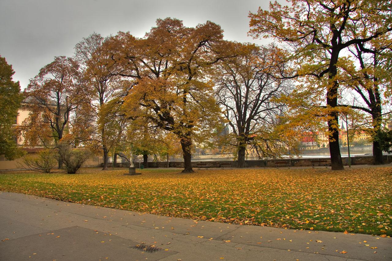 http://www.tunliweb.no/Bilder_SM/_album_Praha2/e3.jpg
