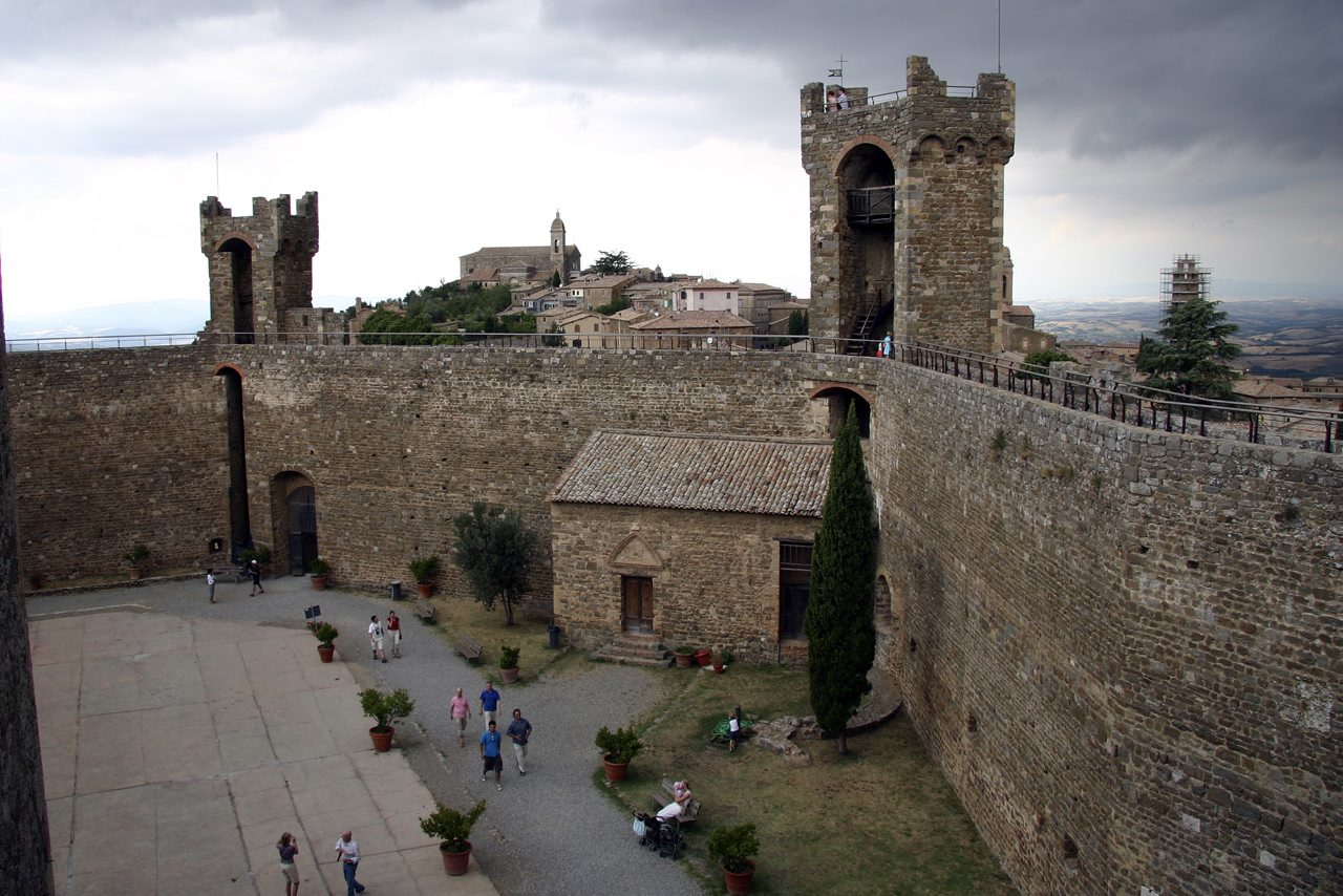 http://www.tunliweb.no/Bilder_SM/_album_Toscana/h1_1280pixel.jpg