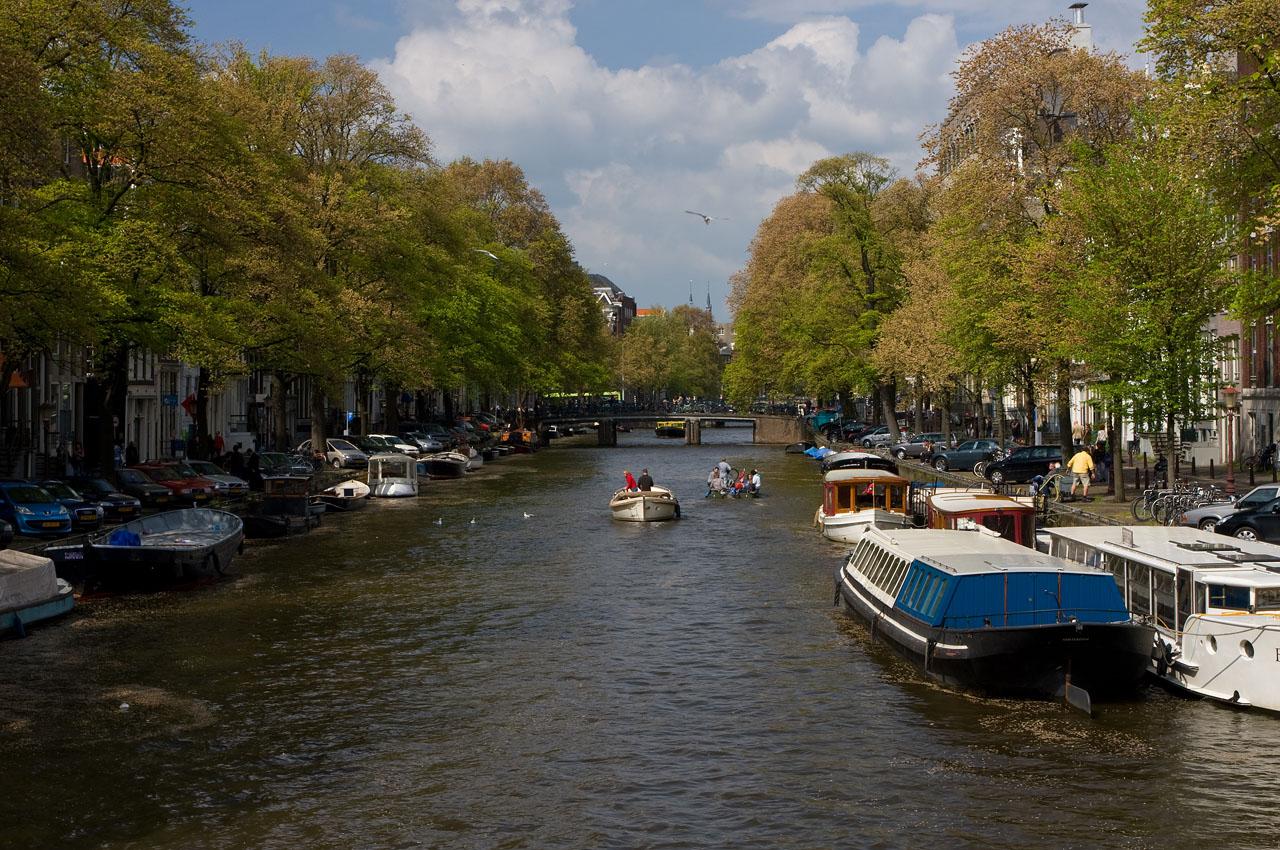 http://www.tunliweb.no/Bilder_SM/_album_amsterdam/a2.JPG