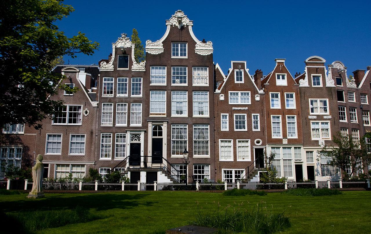 http://www.tunliweb.no/Bilder_SM/_album_amsterdam/a4.JPG
