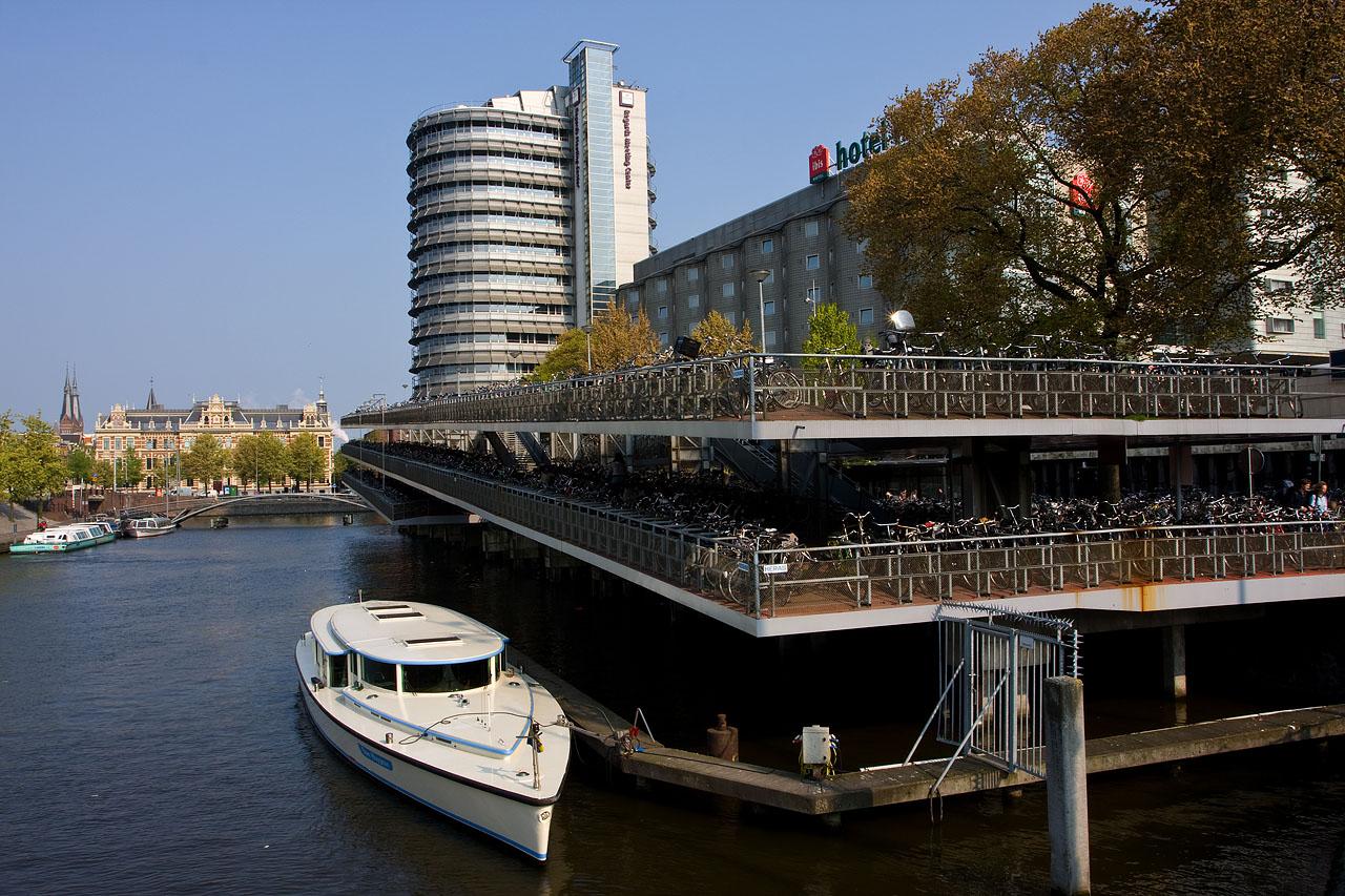 http://www.tunliweb.no/Bilder_SM/_album_amsterdam/b1.JPG
