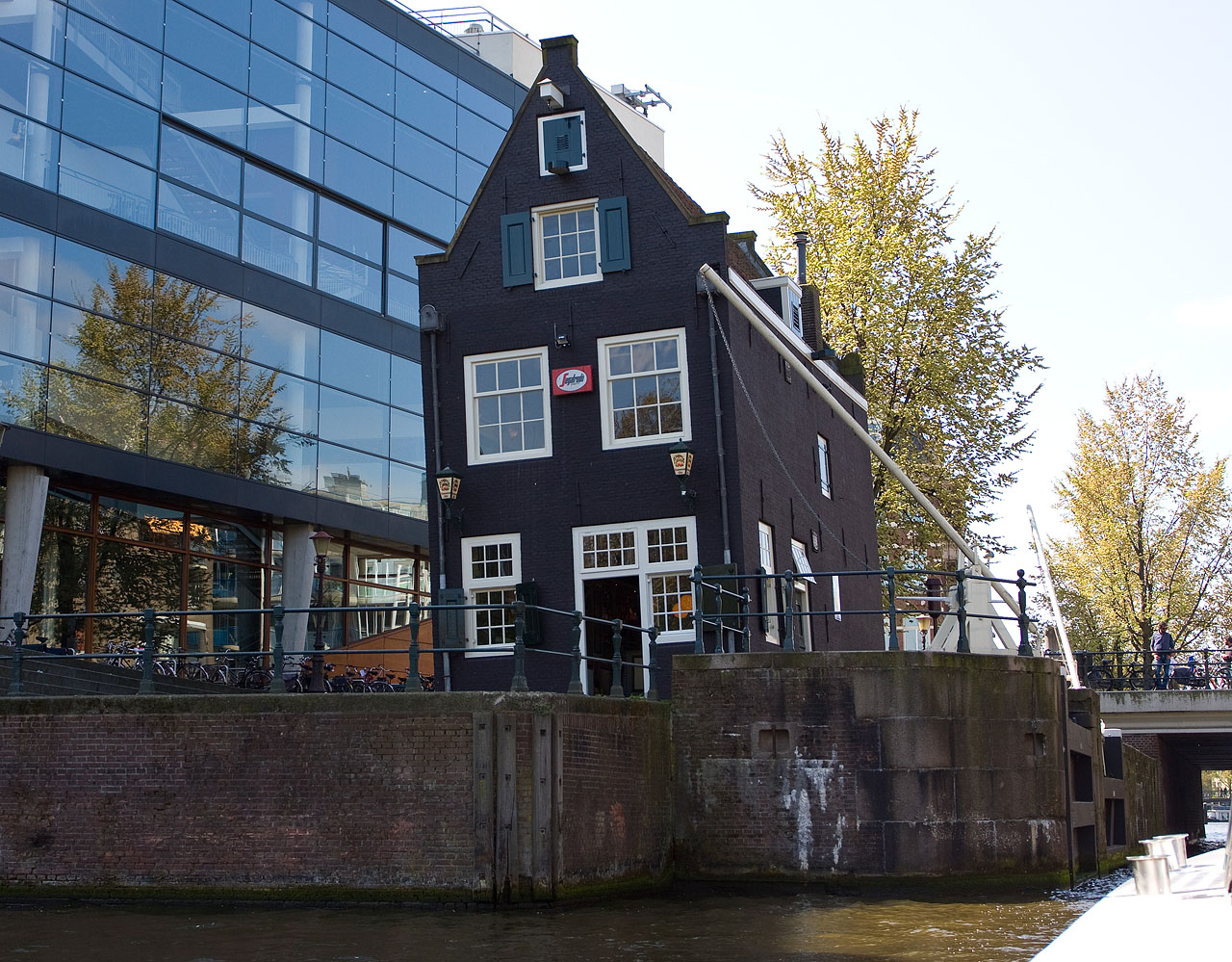 http://www.tunliweb.no/Bilder_SM/_album_amsterdam/c8.JPG