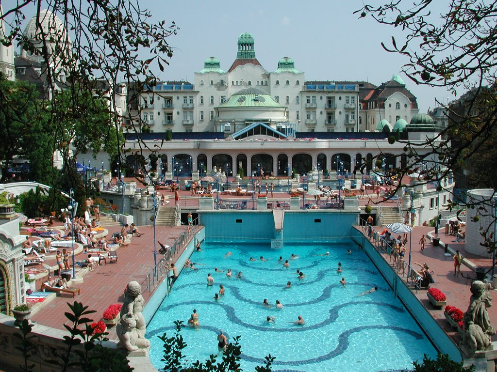 Photos from budapest hungary by photographer svein magne for Hotel budapest