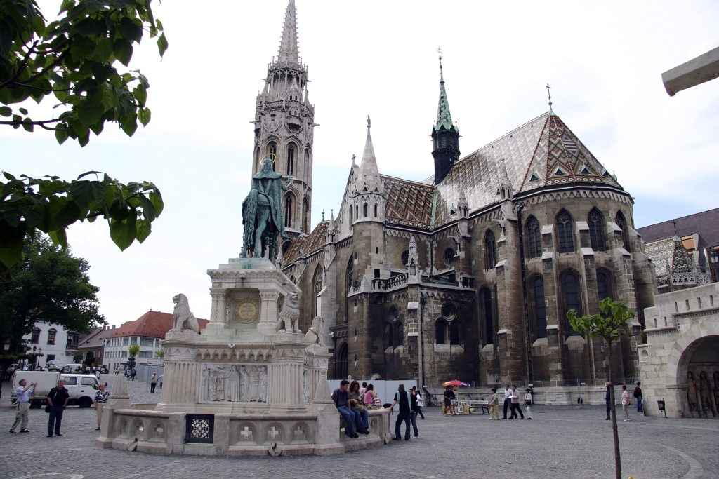 http://www.tunliweb.no/Bilder_SM/_album_budapest/e001_1024pixel.jpg