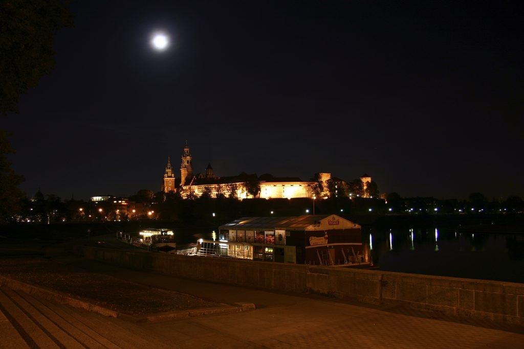 http://www.tunliweb.no/Bilder_SM/_album_krakow/IMG_8349_1024pixel.jpg