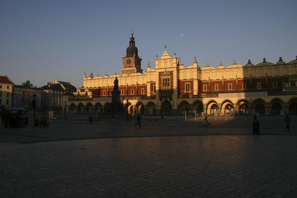 http://www.tunliweb.no/Bilder_SM/_album_krakow/IMG_8376_1024pixel.jpg