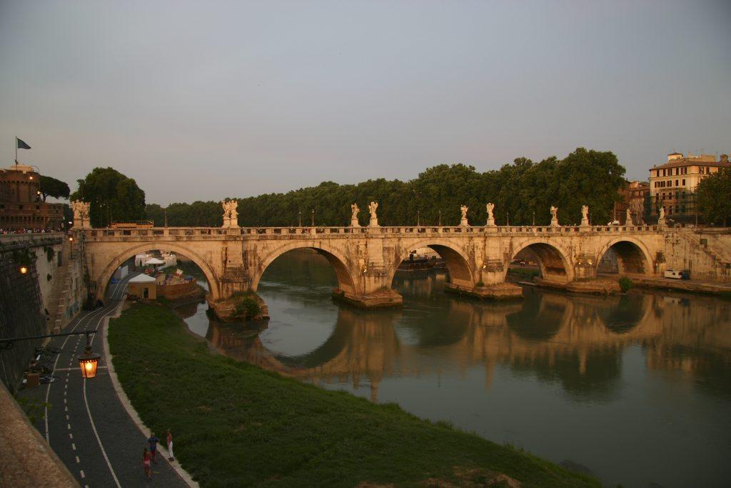 http://www.tunliweb.no/Bilder_SM/_album_roma/G_1024pixel.jpg