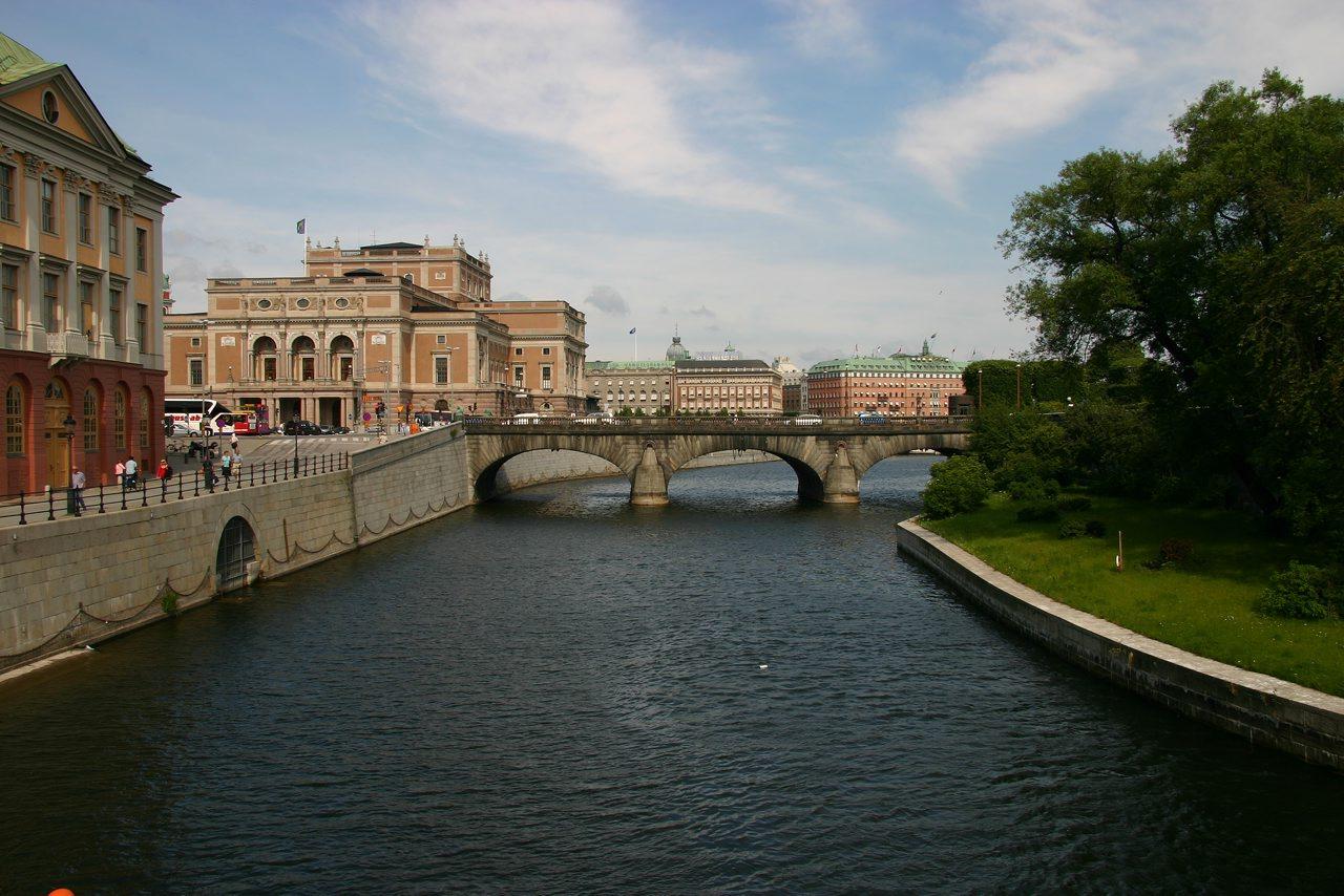 http://www.tunliweb.no/Bilder_SM/_album_stockholm/b2.jpg