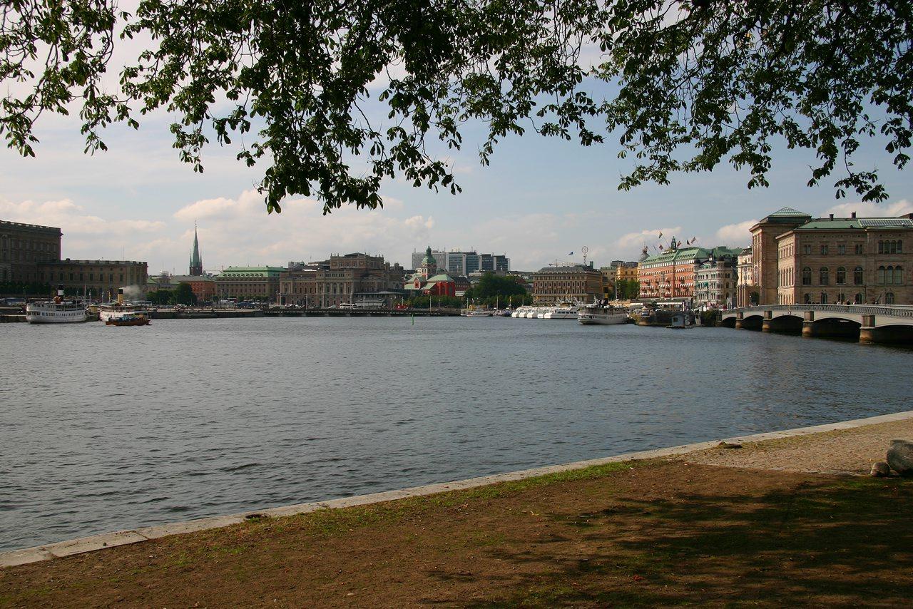 http://www.tunliweb.no/Bilder_SM/_album_stockholm/d2.jpg